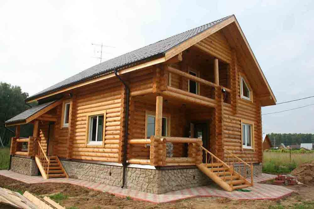 строительство домов бань гаражей из оцилиндрованного бревна